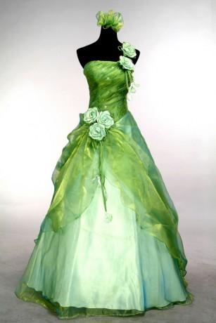 Najljepše haljine - Page 18 Zelene-saty--krasa-